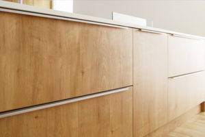 162 システムキッチン 機能とデザインのバランスで扉に最適な素材を選ぶ