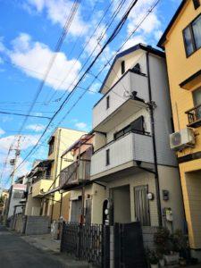 通勤。通学至便!JR住吉駅徒歩3分!3階建のコンパクト住宅