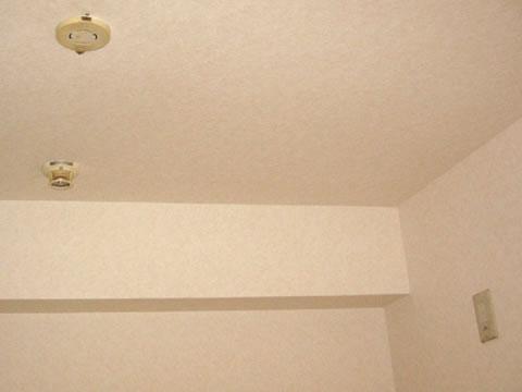 壁紙リフォームで見違えるお部屋に 3枚目