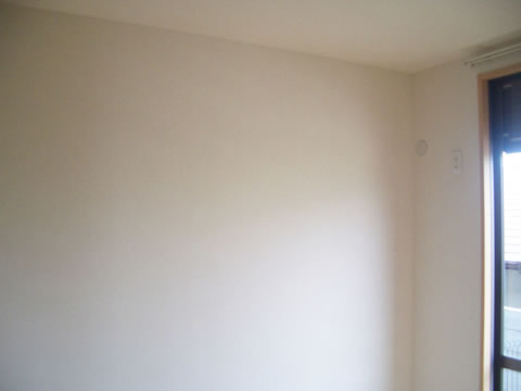 洋室・キッチンの壁紙リフォーム 2枚目
