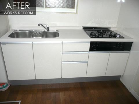 白で統一 すっきりとしたキッチン 2枚目