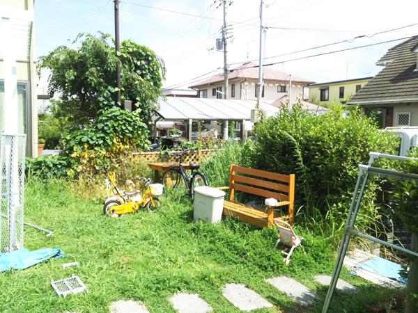 フェンスとウッドデッキを設置!使いやすくスッキリしたお庭に 1枚目